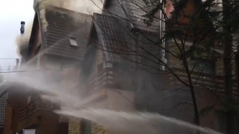 Explozie puternică într-o pensiune din Bușteni