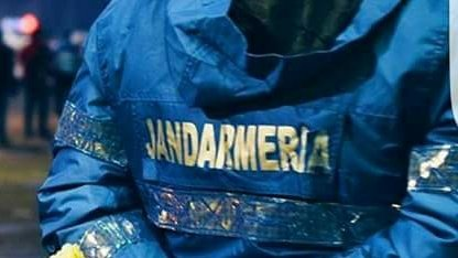 Reacția Jandarmeriei, în urma publicării imaginilor în care un jandarm loveşte protestatarii