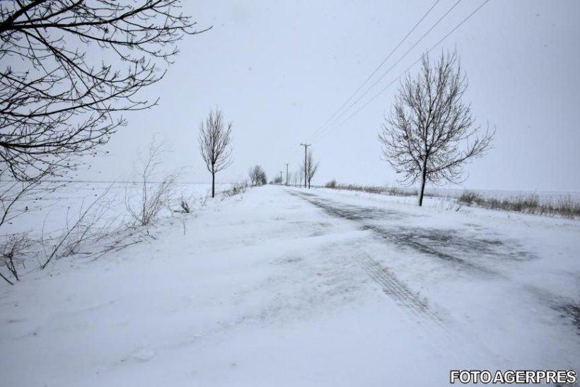 Alertă meteo. Ger în nordul, centrul şi nord-estul ţării, începând de marți noapte. CNAIR: Circulaţie în condiţii de iarnă pe majoritatea drumurilor naţionale şi autostrăzilor din România