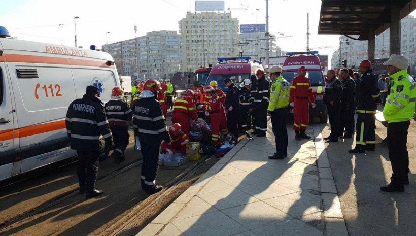 Un bărbat a fost lovit de tramvaiul 21, în zona Obor