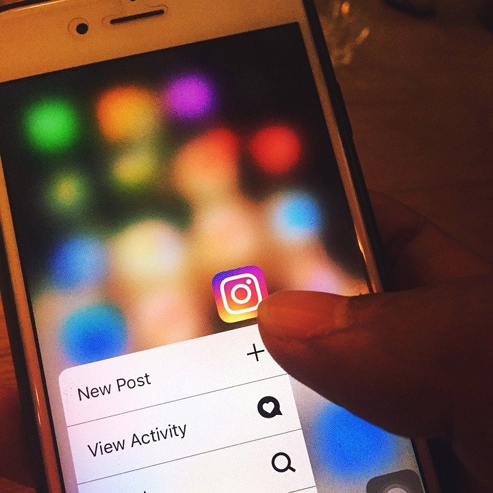 Schimbări la platforma Instagram. Postările pe rețeaua de socializare vor putea fi programate