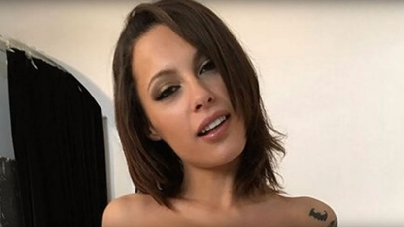 Nude babes Nikita Bellucci and Kristy Black enjoying two males for a foursome № 1636549 бесплатно