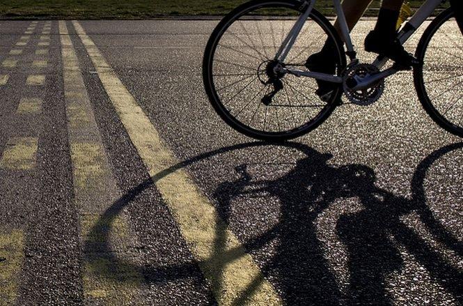 Poliţia pune fiola şi bicicliştilor. Ce păţesc cei care pedalează sub influenţa băuturilor alcoolice