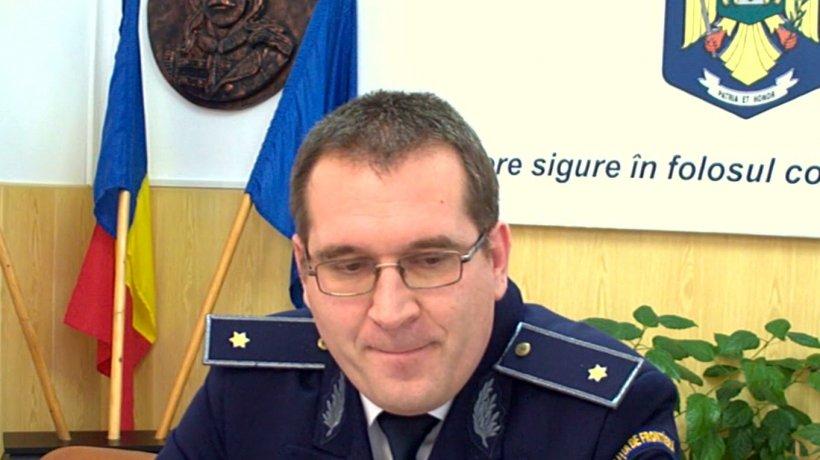 Eroul zilei: Ofițerul care promovează micii șahiști