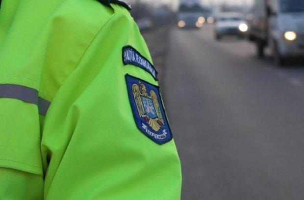 Polițist rănit în București de un șofer beat