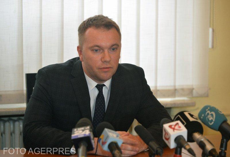 Ambasadorul Ucrainei la București: Tentativa de incendiere a şcolilor din Cernăuţi nu e un caz unic