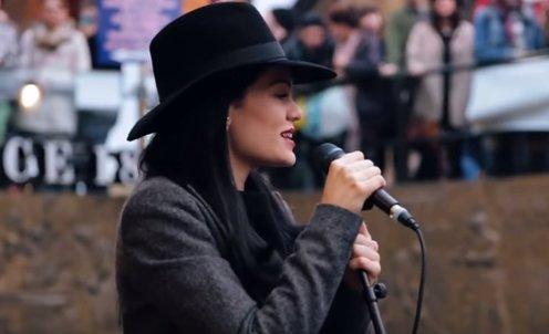 Îndrăgita cântăreață Jessie J va susține un concert în România