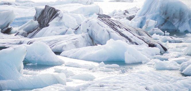 Un fenomen inexplicabil a fost descoperit în Antarctica. Cercetătorii au săpat o gaură de sute de metri adâncime în calota de gheață. Ce au găsit i-a surprins