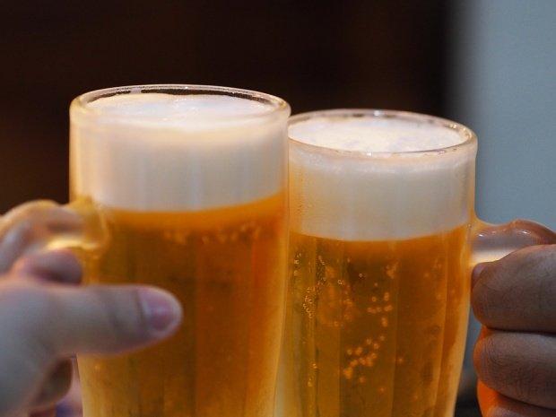 Cum au ajuns brandurile Napoca, Poiana sau Azuga să fie produse în afara ţării. Cum poate berea Azuga să fie produsă în Germania?