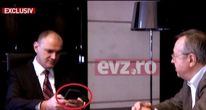 """Lovitură pentru Codruța Kovesi. Sebastian Ghiță i-a arătat lui Ion Cristoiu o fotografie de pe telefonul său mobil: """"Ca să nu mai avem dubii cu privire la vizita la mine acasă"""""""
