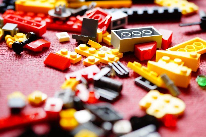 Mii de CV-uri pentru un job de constructor de lego în Marea Britanie. Salariul pentru acest post este uriaș