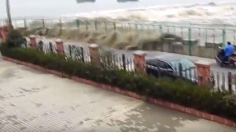 Tragedie provocată de o furtună puternică! Cel puțin 18 persoane și-au pierdut viața
