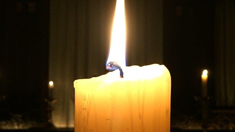 Ce trebuie să facem cu lumânarea folosită în noaptea de Înviere? Sigur nu știai lucrul acesta 16