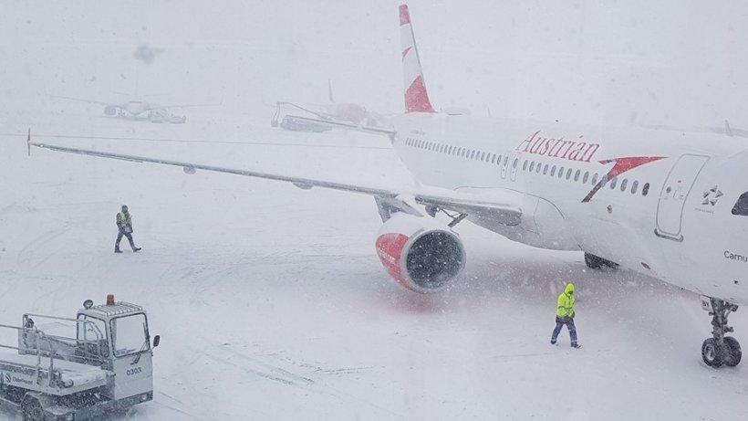 Probleme pe Aeroportul Otopeni, din cauza vremii severe. Ce se întâmplă cu aeronavele care curse