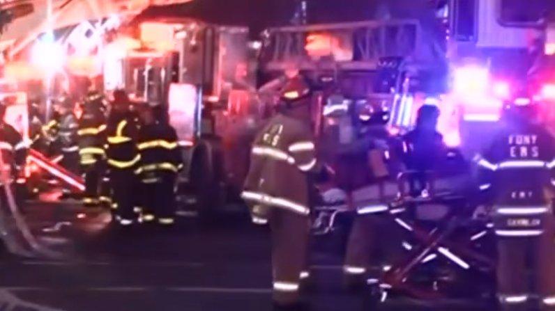 Tragedie la filmările pentru un lungmetraj cu Bruce Willis. Un pompier a murit, iar alte cinci persoane au fost rănite - VIDEO