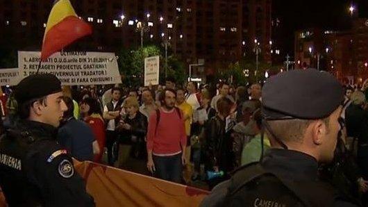 Descoperiți. Mărturie șocantă despre propaganda #rezist. Protestatari antrenați pentru ciocniri cu jandarmi