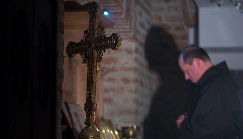 În premieră. Cererile de exorcizare au crescut în ultimii ani. Ce spun preoții din întreaga lume despre acest fenomen 16