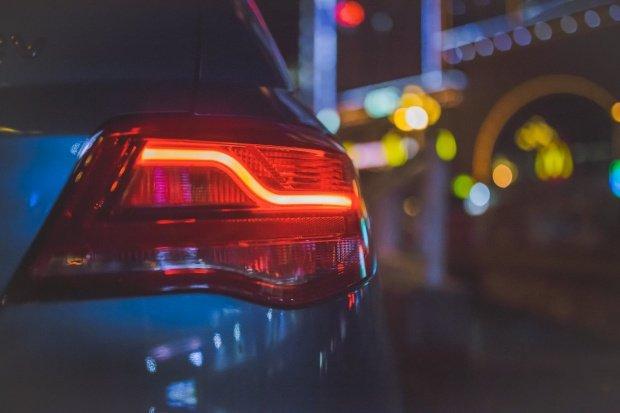 Poți primi mașină gratis în cazul unui accident. Tot ce trebuie să faci este să folosești RCA-ul vinovatului