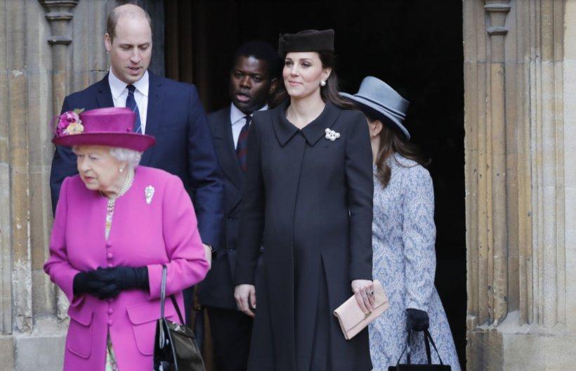 Fotografii inedite! Cum a petrecut familia regală britanică Paștele catolic?