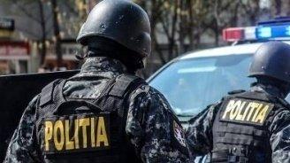 Un fotbalist din Craiova, arestat după ce a spart o casă de pariuri