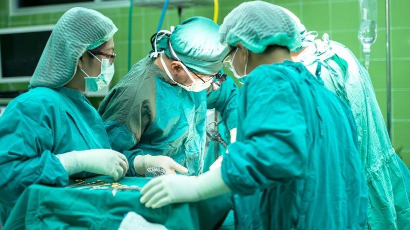 A fost împușcat și înainte să intre în operație a decis să spună ceva urgent asistentelor