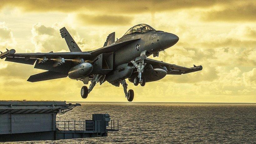 Rusia face manevre de război în Marea Baltică