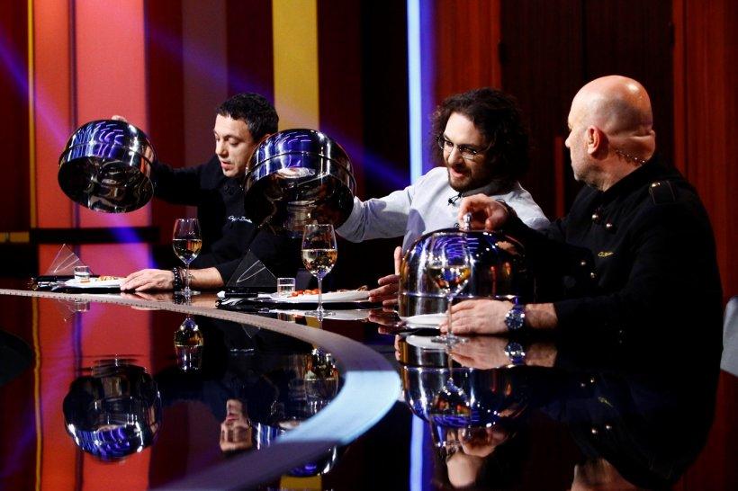 CHEFI LA CUȚITE. Apariție de senzație în concursul de la Antena 1