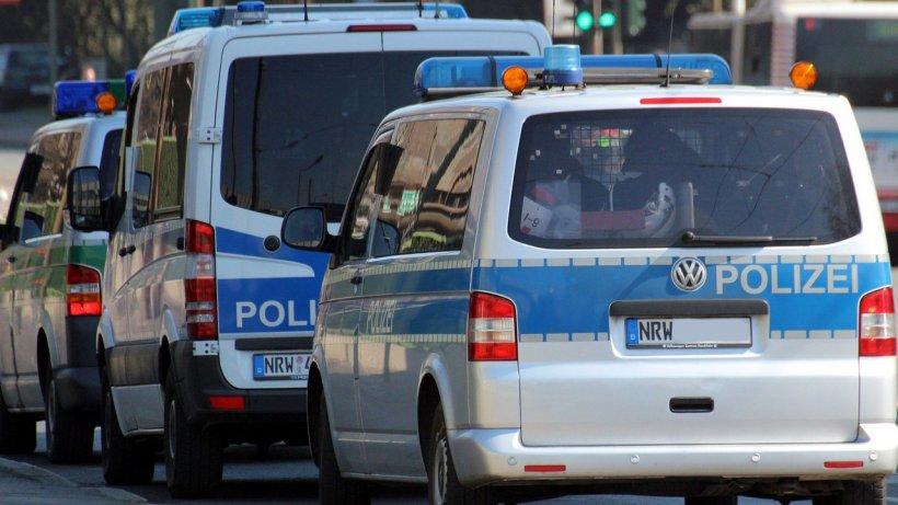 Zeci de români, evacuați dintr-o clădire din Berlin, de 120 de polițiști. Ce au găsit în interior