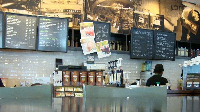 Decizie radicală luată de Starbucks. De ce va închide compania peste 8000 de cafenele