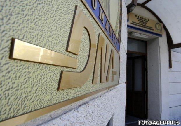 Directorul Companiei Naţionale Administraţia Porturilor Dunării Maritime, reținut de DNA