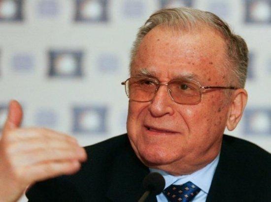 PSD desființează acuzațiile împotriva lui Ion Iliescu. Eugen Nicolicea: Cred că e acuzat pentru soții Ceaușescu