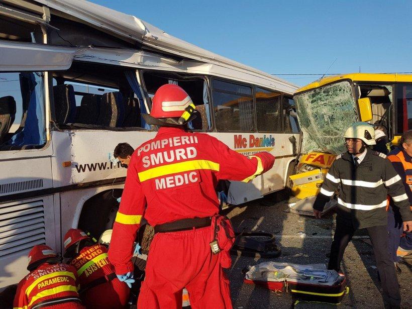 Accident cumplit în Satu Mare, cu două autobuze. Planul roșu de intervenție a fost activat