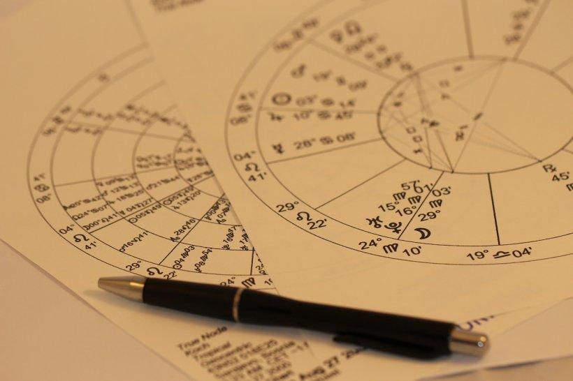 Horoscop 20 aprilie. O zodie pierde absolut tot