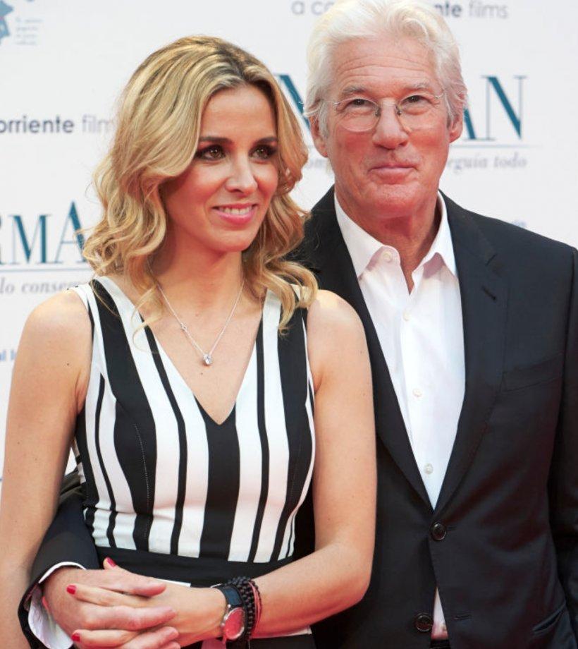 Richard Gere s-a căsătorit cu Alejandra Silva. El are 68 de ani, iar ea 35