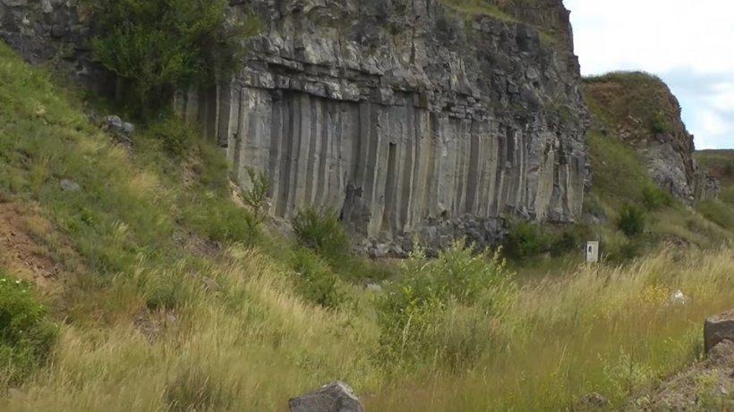 """Locul din România unde te încarci cu energie pozitivă. """"Când am pus mâna pe coloane..."""" - VIDEO"""