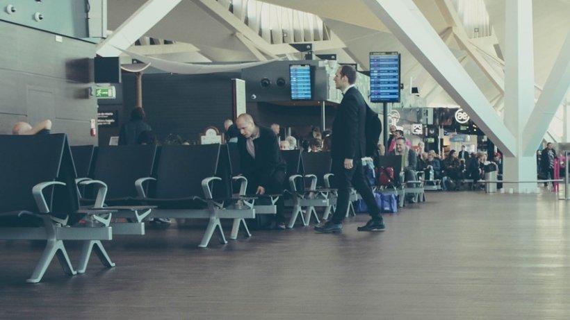 Dovezile care arată căangajații aeroporturilor știu mai multe despre noi decât credem