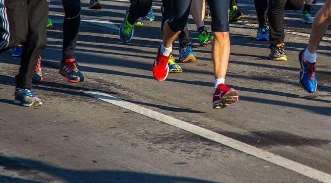 Un alergător a decedat la spital după ce a leşinat în timpul maratonului de la Londra