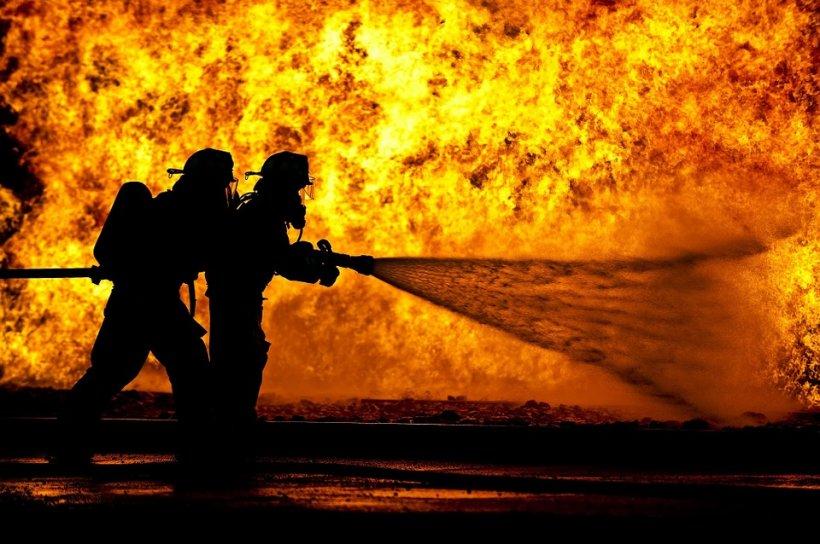 Incendiu într-un club din China - 18 morţi