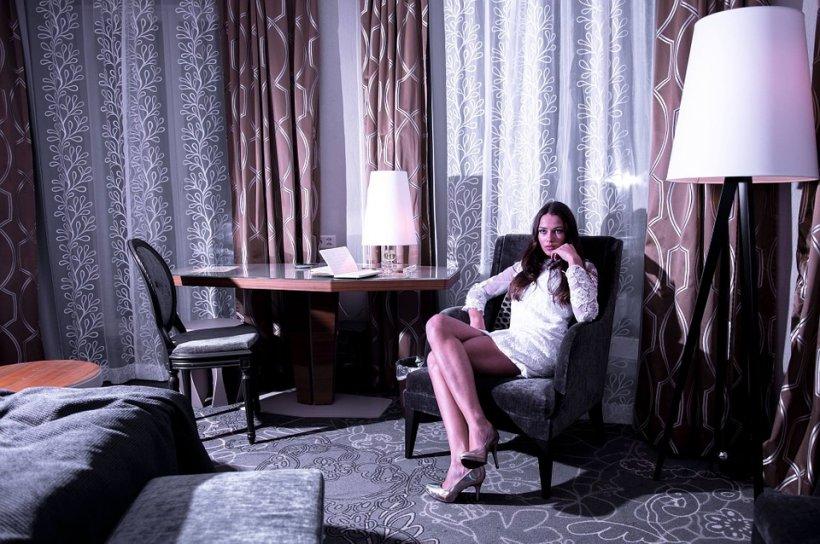 Atenție! Patru lucruri din camera de hotel care nu trebuie atinse!