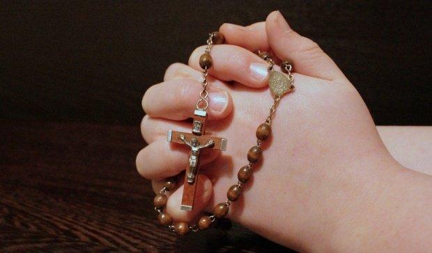 Rugăciunea care te scapă de visele urâte