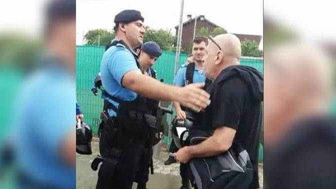 Suporter umilit de un jandarm, la un meci de fotbal: Mergeți acasă și uitați-vă la TVR Cultural - VIDEO