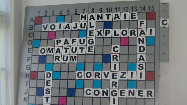 Testul de limba română pe care cei mai mulţi adulţi îl pică! Care e cel mai lung cuvânt care, citit invers, e la fel?