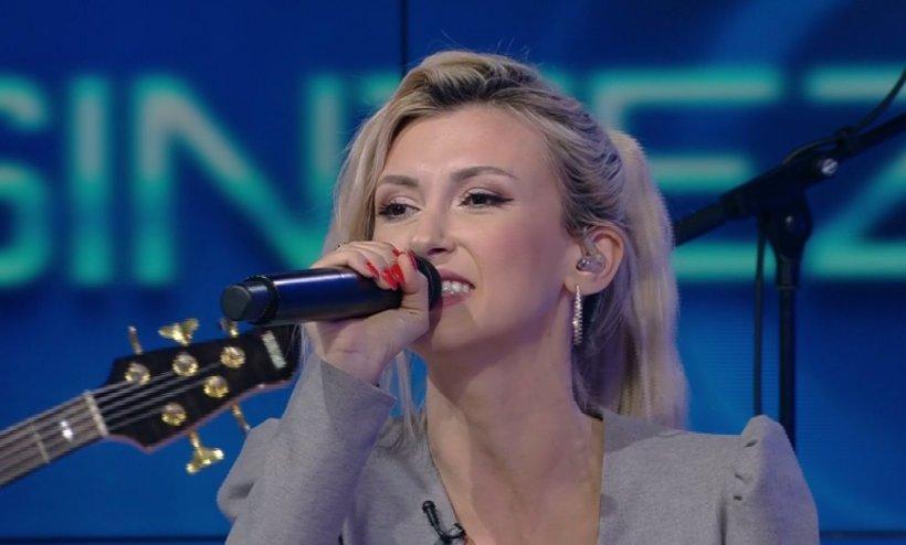 Andreea Bălan, show incendiar la Sinteza zilei