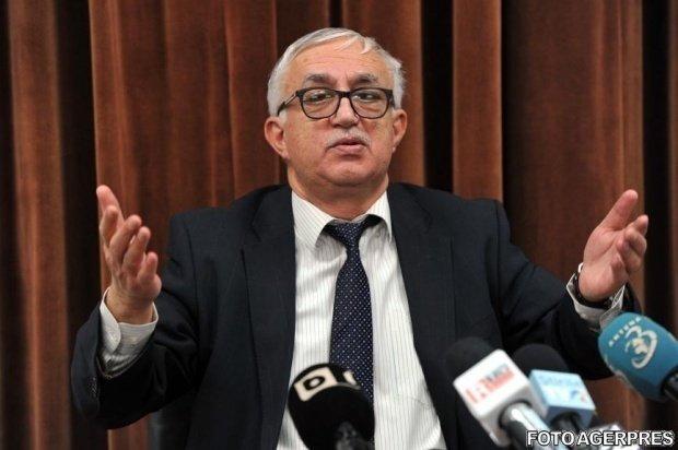 Fostul preşedinte CCR Augustin Zegrean, despre demersul şefului statului: Dacă se cer puncte de vedere Comisiei de la Veneţia, civilizat este să aştepţi răspunsul