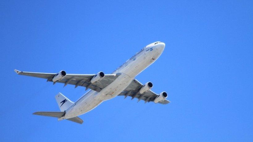 Un avion cu 145 de pasageri a aterizat de urgență pe Aeroportul Otopeni
