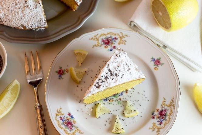 Prințul Harry și Meghan Markle au ales pentru nuntă un tort cu lămâie şi soc. Iată rețeta