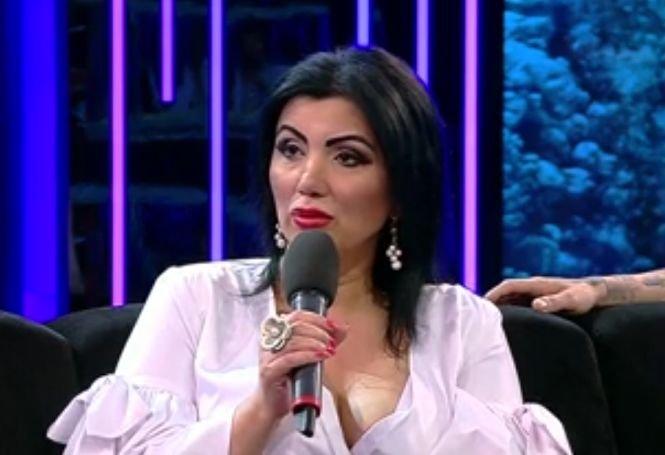 """Adriana Bahmuțeanu își face o operație șocantă: """"Îmi scot os din coastă și îl pun la nas"""""""