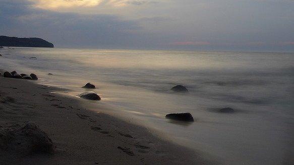Misterul picioarelor de om care ajung pe plajele din Canada