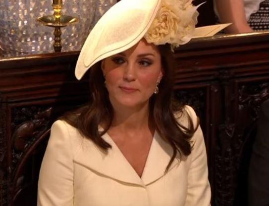 De ce Kate Middleton a purtat o rochie veche la nunta regală
