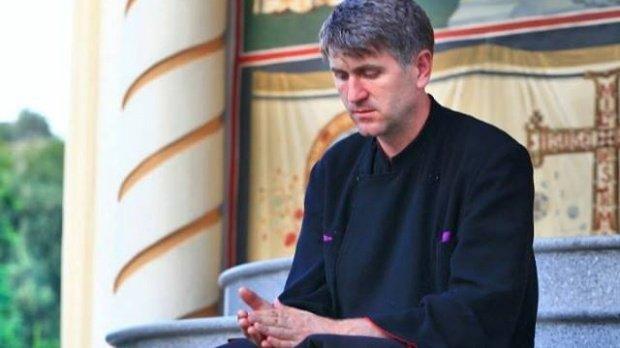 Fostul preot Cristian Pomohaci, cercetat penal pentru evaziune fiscală